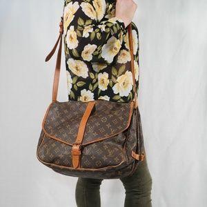 Louis Vuitton Monogram Saumur 35 Shoulder Bag